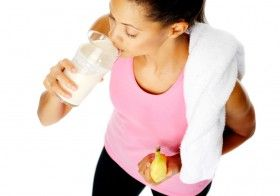 What Should I Eat and Drink After I Exercise?