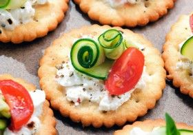 Healthy Foods : Healthy Snacks for Cheese Lovers