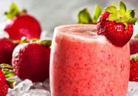 Juice & Smoothie: Strawberry Delight