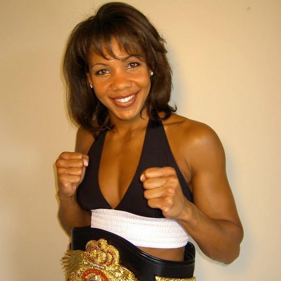 Female boxeer