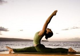 5 DANGERS OF YOGA AND HOW TO PREVENT THEM