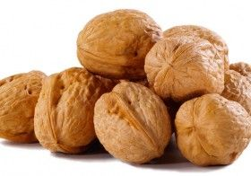 5 Benefits Of Eating Walnuts