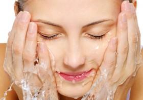7 Ways To Take Care Of Skin Naturally