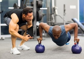 6 Signs Of a Bad Trainer You Must Know