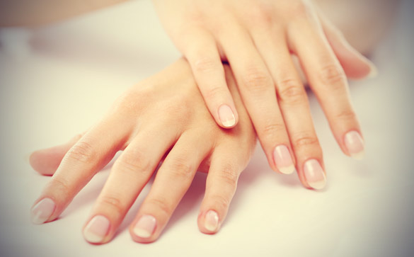 Avoids Unhealthy Nails Vitamin B12 Deficiency