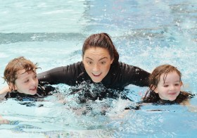 Kids Swimming  Lessons  With Trainer.ae